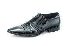 Men& x27 μαύρα δίπλωμα ευρεσιτεχνίας-δερμάτινα παπούτσια του s που απομονώνονται στο άσπρο υπόβαθρο Στοκ Εικόνες