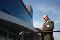 A men in front of a building Stock Photos
