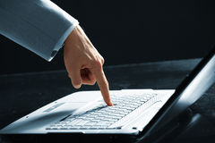 Men hands typing Royalty Free Stock Images