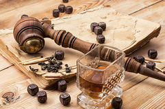 Men's set of pipe whiskey Stock Photography