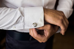 Free Men Wear A Shirt And Cufflinks Royalty Free Stock Images - 67798849