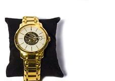 Men& x27; s-Armbanduhr lokalisiert auf weißem Hintergrund Lizenzfreie Stockfotos