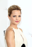 Mena Suvari arriving at the AFI Life Achievement Award Honoring Shirley MacLaine Royalty Free Stock Photography
