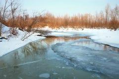 Menace de fonte au printemps - de l'inondation. images libres de droits