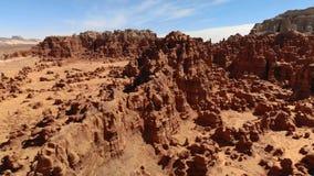 Menagrami nel parco di stato della valle del folletto, Utah, Stati Uniti Deserto Rocce del menagramo situate lungo il deserto di  stock footage