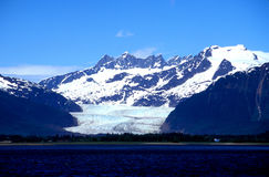 Mendenhall glacier, Alaska. On a sunny day in late May Royalty Free Stock Photos