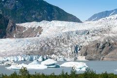 Mendenhall Gletscher, Alaska stockfotos