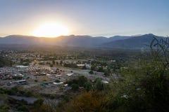 Mendoza日落鸟瞰图从塞罗de在圣马丁将军公园的la格洛里亚- Mendoza,阿根廷- Mendoza,阿根廷的 库存照片