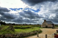 Meneham village, Kerlouan, Finistere, Brittany Bretagne, France. Meneham is an old village of peasant, fishermen, seaweeds. Nestled between the rocks of the Stock Image