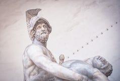 Menelaus bearing the corpse of Patroclus