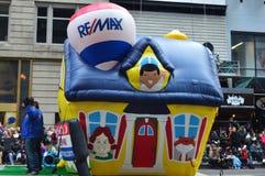 Meng Ballon in Dankzeggingsparade opnieuw Stock Fotografie