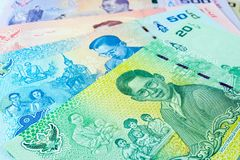 Meng elk van herdenkingsbankbiljetten in herinnering van de recente Koning Bhumibol Adulyadej, Thailand Stock Foto's