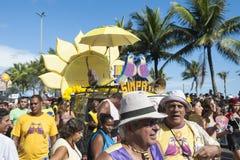 Menge, die Karneval Ipanema Rio de Janeiro Brazil feiert Stockfotos