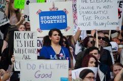 Menge erfasst am Trumpf-Protest Stockbilder