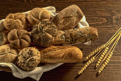 Mengeling van brood Stock Foto's