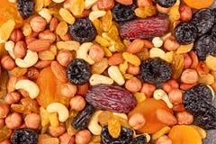Mengeling van droge vruchten en noten Stock Foto