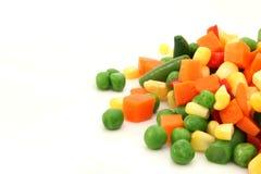 Mengeling van gekookte groente op plaat Royalty-vrije Stock Afbeelding