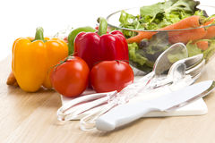 Mengeling van groenten op salade Royalty-vrije Stock Afbeelding