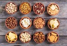 Mengeling van snacks stock afbeelding