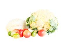 Mengeling van verse rijpe geschikte groenten stock foto's