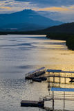 Mengkabong河和Mt Kinabalu 免版税库存图片