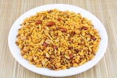 Mengsel een Aziatische snack stock fotografie