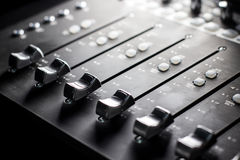 Mengt Console - faders Stock Afbeelding