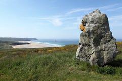 Menhir Lostmarc'h em Brittany, França Imagens de Stock Royalty Free