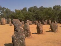 Menhirs dans le Cromlech 02 d'Almendres Images stock