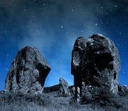 Menhirs mégalithiques de monuments dans Carnac Image stock