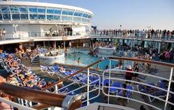 Menigte op cruise Stock Fotografie