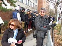 Menigte van Mensen bij de Begrafenis van de President van de Verenigde Staten royalty-vrije stock fotografie