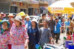 Menigte van mensen in festival Songkran Stock Fotografie