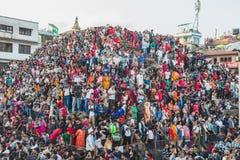 Menigte van Mensen in Indra Jatra Festival in Katmandu stock afbeelding