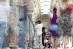 Menigte van mensen in museum van Vatikaan royalty-vrije stock foto