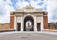 Menin port - minnesmärke för världskrig I i Ypres royaltyfria bilder