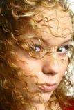 Menina à moda do cabelo Fotos de Stock Royalty Free