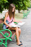 Menina adolescente bonita do estudante. Imagem de Stock Royalty Free