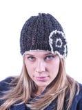 Menina adolescente com chapéu e casaco de lã da malha Imagens de Stock Royalty Free