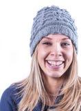 Menina adolescente com chapéu e casaco de lã da malha Fotos de Stock