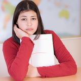 A menina adolescente começ a classe ruim Imagens de Stock Royalty Free