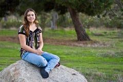 Menina adolescente consideravelmente multicultural de 15 Imagem de Stock