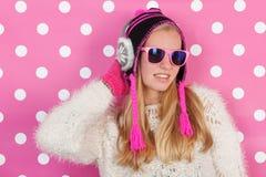 Menina adolescente do retrato no inverno Foto de Stock Royalty Free