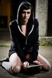 Menina adolescente do skater bonito Imagem de Stock Royalty Free