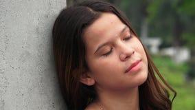 Menina adolescente impassível e cansado fotografia de stock
