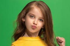 Menina adolescente triste pensativa séria nova Fotografia de Stock Royalty Free
