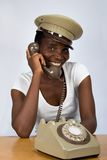 Menina africana com telefone velho Imagem de Stock Royalty Free