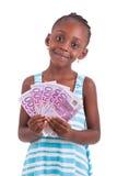 Menina africana pequena que guarda 500 cem euro- contas - peopl preto Imagens de Stock Royalty Free