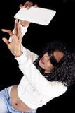 Menina afro-americano nova na camiseta branca Fotografia de Stock Royalty Free