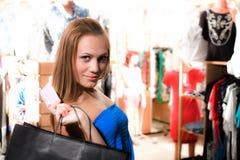 Menina agradável com saco foto de stock